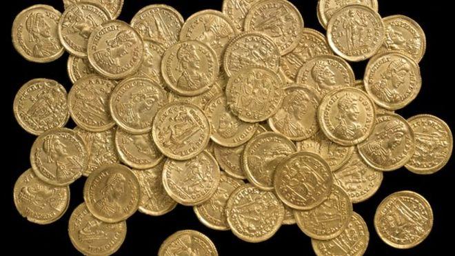 Roman-Gold